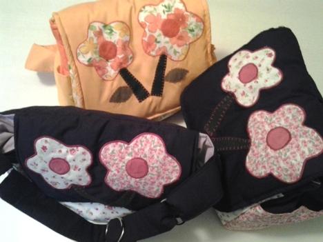 Mochilinhas para a criançada levar suas preciosidades. www.lojababyslings.com.br